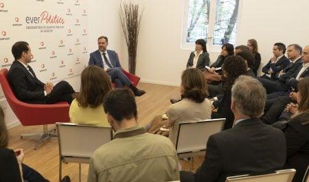 Evercom celebra un desayuno-coloquio con Ignacio Aguado  y directivos de relaciones institucionales