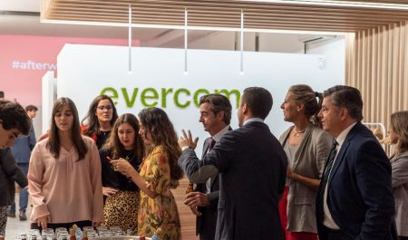 "Evercom celebra su Afterwork: ""Bye Bye Summer"" en su nueva sede en Madrid"